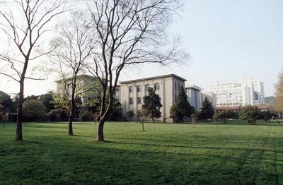 HUST-Campus spring